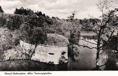 Süderspitze war das nördliche Ende der Kurischen Nehrung. Das mit einem Festungsgraben gesicherte Fort lag dem Memeler Stadtteil Bommelsvitte gegenüber. Ansichtskarte ca. 1934.