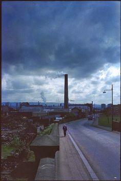 Raymond Depardon - SCOTLAND. Glasgow. 1980. Magnum Photos, Color Photography, Street Photography, Villefranche Sur Saône, Desert Places, Surreal Artwork, Industrial Photography, Photographer Portfolio, Glasgow Scotland