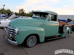 this would be in my garage. love old trucks. this would be a dream if it were teal