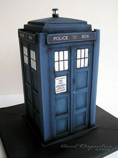 Tardis cake - Sweet Disposition Cakes It's...so...perfect...I am making one for my brother's birthday (hence the multiple gifs, sorry), and there is just no way mine will turn out like this. I will post the outcome soon, though!! :)