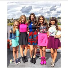 Lizzy Greene, Brec Bassinger, Kira Kosarin, Lilimar Hernandez and Haley Tju Teenager Outfits, Girly Outfits, Fall Outfits, Kira Kosarin, Luxury Kids Bedroom, Bella And The Bulldogs, The Thundermans, Nickelodeon Shows, Sofia Carson