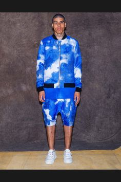 See the complete Les Benjamins Spring 2017 Menswear collection.