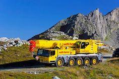 Liebherr - Driving through the mountains: An LTM mobile crane