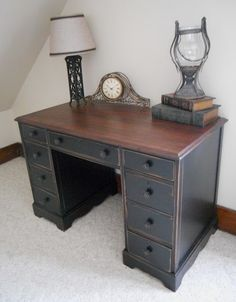 Love the wood top and painted & distressed bottom....must do this for the cabins dining rm table!