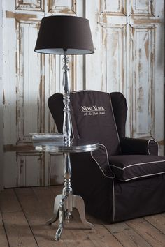 Riviera Maison. Lamp with table. How convenient!