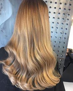 #hair #love #hairstyle #instahair #hairstyles #haircolour #haircolor #hairdye #hairdo #diyvideo #tutorial #braid #fashion #instafashion #diy #honghair #style # video #curly #black # browen #hairvideo #hairtutorial #hairfashion #hairofinstagram #coolhair#behindthechair #ohhellohair #haircolor #memademoiselle #olaplex #hairstyle #  Hair #fitahairstylists
