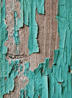 turquoise is my favorite color and CHIPPY turquoise is even better! Texture Art, Texture Painting, Painting On Wood, Theme Color, Art Grunge, Aqua, Texture Photography, Peeling Paint, Shades Of Turquoise