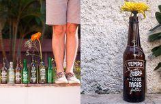 O Letras Garrafais é um projeto que espalha poesia através de frases inspiradoras que saíram do papel e garrafas que não foram para o lixo, nas ruas de SP.