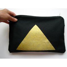 golden triangle clutch organic