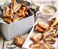 These traditional Parisian specialties resemble palm fronds. Palmiers were probably invented as a clever way to make use of puff pastry scraps quick and easy, they're great for afternoon tea. Slow Cooker Desserts, Cooker Recipes, Homemade Sausage Rolls, Roast Chicken Dinner, Frozen Puff Pastry, Australian Food, Puff Pastry Recipes, Sweet Pastries, Savoury Dishes