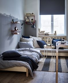 A shared home that turns friends into family - IKEA Zara Home, Catalogue Ikea, Dispositions Chambre, Easy Painting Projects, Unfinished Wood Furniture, Modular Furniture, Bedroom Layouts, Deco Design, Model Homes