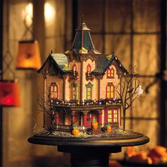 Department 56 - Victorian house