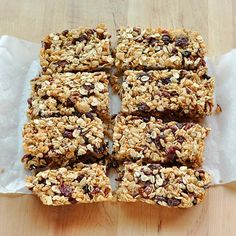 Do You Have a Good Recipe for Nut-Free Granola Bars? Granola granola the kitchn Chewy Granola Bars, Homemade Granola Bars, Vegan Granola, Homemade Cereal, Homemade Food, How To Make Granola, Making Granola, Good Food, Yummy Food