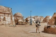 Today, landing at Mos Espa, located in Tatooine planet of Star Wars , still alive 40+ years later. Brought to you by Jessica Elliott, southern-western #Tunisia
