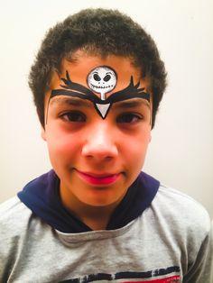 Practicando este maquillaje para niños