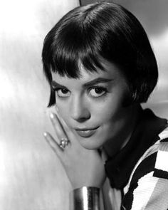 Google Image Result for http://www.latimes.com/includes/projects/hollywood/portraits/natalie_wood.jpg