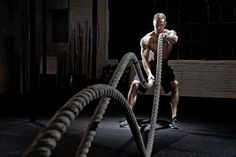 Crossfit Training Pros And Cons: Taking A Closer Look - http://mensbodybuildingtips.com/crossfit-training-pros-and-cons-taking-a-closer-look/