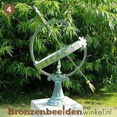 ''Klassieke zonnewijzer'' BBW0221br #zonnewijzer #cadeau #bronzenbeeldenwinkel #brons #bronzenbeeld #tuinbeeld #tuindecoratie Sundial, Seeds, Everything