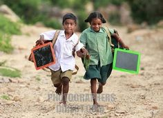 Stock Photo - Indian school children running to go to school Andhra Pradesh South India Village Photography, Cute Kids Photography, Friend Photography, Schools Around The World, People Around The World, Funny School Jokes, School Humor, Essence Of India, Body Painting Festival