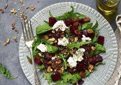 Rucola-bietjes salade met geitenkaas