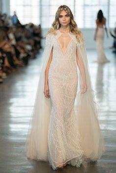ca5075167ff2 US $495.0 10% OFF|Eslieb Luxury Berta wedding Dress 2019 Sexy Wedding  dresses Vestido de Noiva Beads Lace Bridal Dress-in Wedding Dresses from  Weddings ...