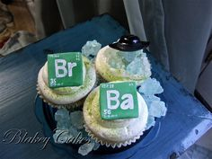 """""""The Heisenberg"""" Cupcakes 