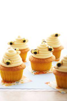Adorable bumble bee cupcakes.