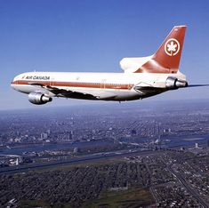 Air Canada Tristar over Montreal, 1975 Air Canada Flights, Air North, Canadian Airlines, Good Ol Times, Air Transat, Vintage Airline, Passenger Aircraft, Air Photo, Commercial Aircraft