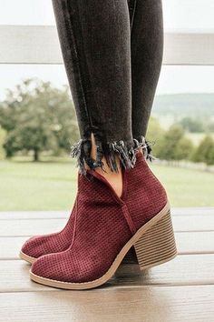 6c5e869aa72 50 Best Boots images in 2019