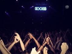 the kooks- loved this concert Music Film, Indie Music, Nirvana Songs, Festivals, The Wombats, The Kooks, Soundtrack To My Life, Emotion, Shows