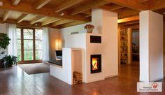 Der moderne Kachelofen verzichtet gänzlich auf dekorative Kacheln. #Kachelofen #KachelofenModern #Fireplace www.ofenkunst.de