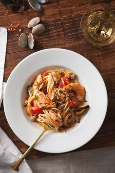 Seafood pasta recipes, including angel hair pasta with squid, mussels, and zucchini. Shrimp Recipes, Wine Recipes, Pasta Recipes, Cooking Recipes, Healthy Recipes, Spaghetti Recipes, Delicious Recipes, Seafood Pasta, Seafood Dishes