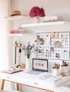 Large window brings a lot of natural light into the home office - Decoistbrings.Large window brings a lot of natural light into the home office - Decoistbrings decoist home large light lot Home Office Inspiration Study Room Decor, Cute Room Decor, Room Ideas Bedroom, Bedroom Desk, Bedroom Furniture, Office Furniture, Work Desk Decor, One Bedroom House, Study Rooms