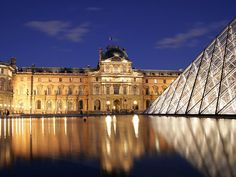 A list of must-see works of art at the Louvre museum in Paris