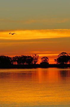 'n Beter sonsondergang sal jy moeilik elders vind! West Coast, South Africa, Places To Visit, Celestial, Orange, Nature, Outdoor, Beauty, Naturaleza