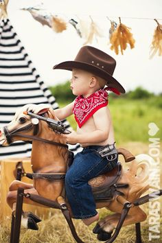 Cowboys & Indians mini sessions – Part 2  *love this photo shoot idea...we will have one of these fun springy bouncy horses in our inventory very soon!!!