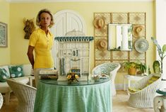 Lyford Cay (© Slim Aarons):  Hope Simpson in her Happy Ward-planned house in Lyford Cay, on New Providence Island in the Bahamas, April 1974.