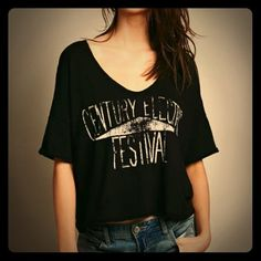 """Free People Graphic Crop Tee Free People graphic tee in a slightly cropped fit. Oversized as well. Says """"Century Electric Festival."""" Worn a couple times. Free People Tops Tees - Short Sleeve"""