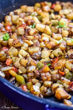 Breakfast Potatoes Texas Style These Breakfast Potatoes are spiced up Texas style with taco seasoning chopped onions red bell peppers and jalapenos and will kick-startyour breakfast. Breakfast Hash, Breakfast Tacos, Healthy Breakfast Potatoes, Breakfast Muffins, Side Dish Recipes, Side Dishes, Dinner Recipes, Mexican Breakfast Recipes, Mexican Food Recipes