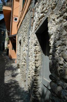 Rocchetta Nervina (IM), Via Santa Lucia