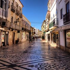 The #Algarve in #Portugal is #paradise and a great place for a summer vacation.