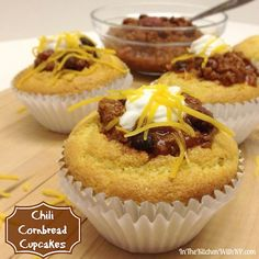 Chili Cornbread Cupcakes Chili Cook-off - In The Kitchen With KP Savory Cupcakes, Cupcake Flavors, Savoury Cake, Cupcake Recipes, Cupcake Cakes, Chili Cupcakes, Yummy Cupcakes, How To Cook Chili, Chili Cook Off