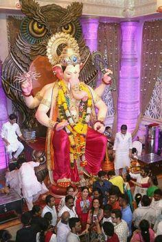 paintings: Top 20 photos of mega ganesha of the year 2018 mumbai Shri Ganesh Images, Ganesha Pictures, Ganesha Art, Ganesh Wallpaper, Lord Shiva Hd Wallpaper, Ganesh Ji Photo, Ganpati Picture, Ganesh Bhagwan, Ganpati Bappa Wallpapers