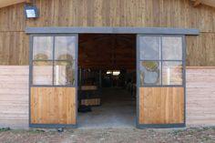 Outdoor Decor, Glass Garage Door, Shop Doors, Rustic Barn Door, Garage Doors, Barn, Old Garage, Garage, Side Door
