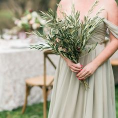 A simple bouquet of olive branches. A simple bouquet of olive branches. Olive Branch Wedding, Olive Wedding, Greek Wedding, Olive Green Bridesmaid Dresses, Bridesmaid Bouquet, Wedding Bouquets, Wedding Arrangements, Bridesmaids, Botanical Wedding
