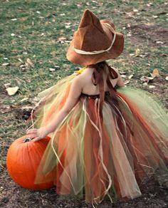 DIY tutu pour costume d' Halloween Costumes Avec Tutu, Halloween Tutu Costumes, Diy Costumes, Costume Ideas, Scary Scarecrow, Scarecrow Ideas, Diy Tutu, Babys 1st Halloween, Halloween