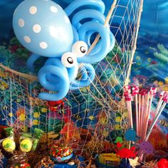 Under the sea party - balloon octopus