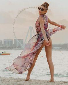 "JULIA ANGELINA on Instagram: ""Remember the sand under your feet? 💭#missyoudubai . . . #dubai #dubaimarina #tb2020 #jumeirahbeach #fivepalm #fivepalmjumeirah…"" Dubai, Cover Up, Instagram, Fashion, Moda, Fashion Styles, Fashion Illustrations"