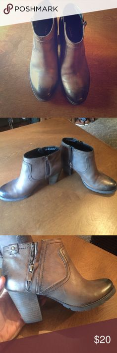 Clarks brown leather bootie! Worn twice! Perfect! Perfect condition Clark booties. Clarks Shoes Ankle Boots & Booties