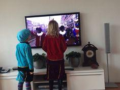 Sinterklaas is weer in het land. De kleinkinderen keken vol spanning.....
